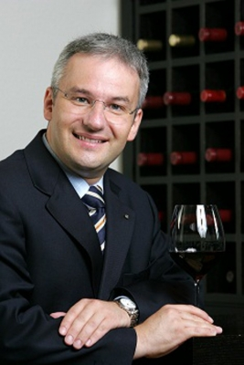 Germany's Markus Del Monego,Best Sommelier in the World